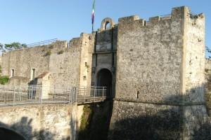 Castello - ponte sul fossato