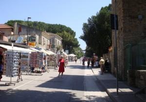 Via Magna Grecia - shopping
